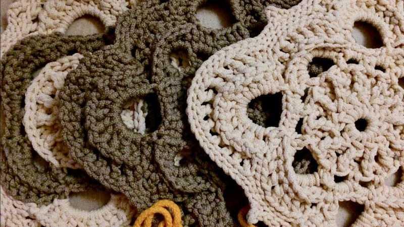 Мотивы крючком: ТОП-180 фото оригинальных вариантов вязки. Выбор вида, основы техники и простые схемы для начинающих
