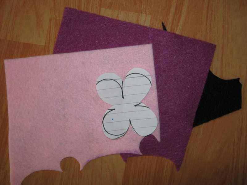Поделки из фетра: простые схемы и нестандартные идеи поделок из фетра. Пошаговые инструкции по изготовлению своими руками с фото-обзорами