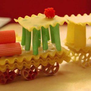 Поделки из макарон — фото креативных вариантов создания поделок из макарон в домашних условиях + схемы работы для начинающих