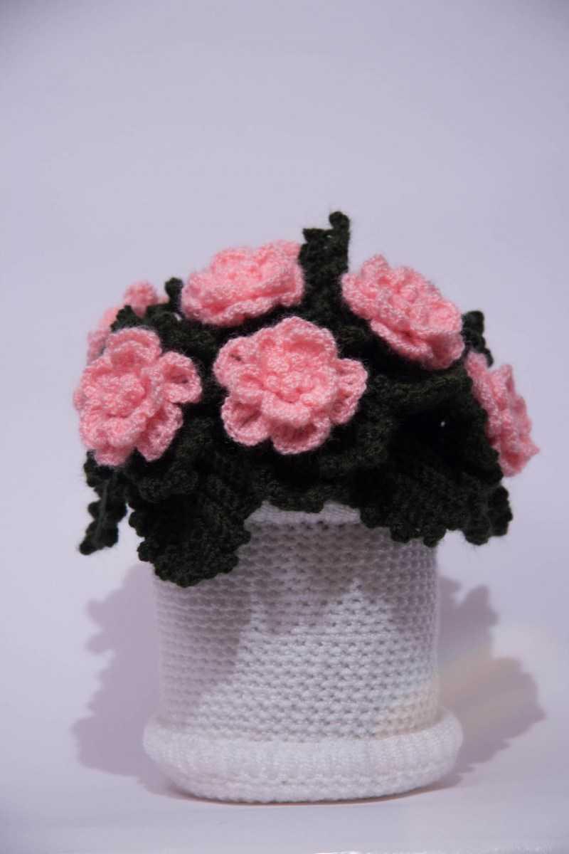 Роза крючком - схемы и описание как вязать розу своими руками. Технология работы крючком + интересные идеи поделки